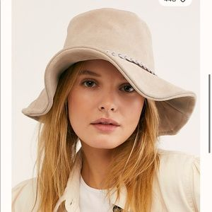 Free people Tennessee suede bucket hat